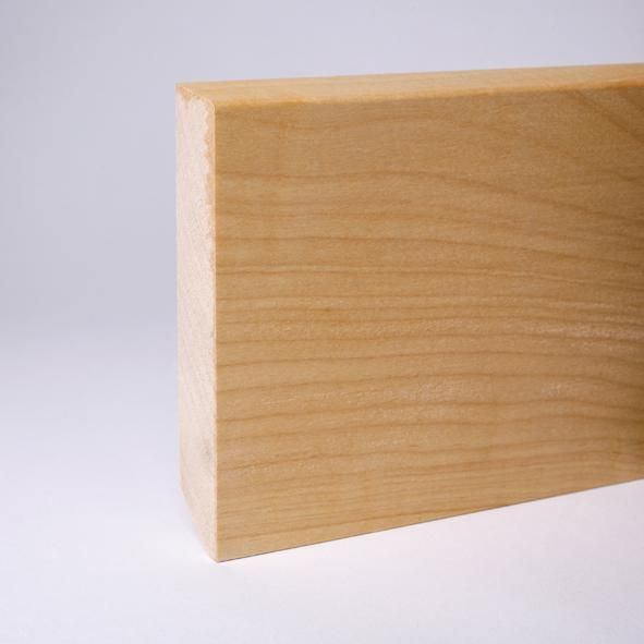 Massivholz Sockelleiste abgeschrägt 120mm - Ahorn geölt