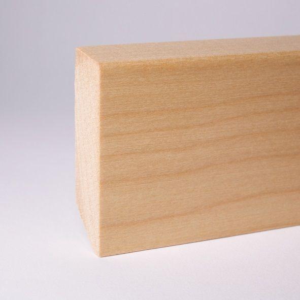Massivholz Sockelleiste 60mm abgeschrägt - Ahorn gelackt