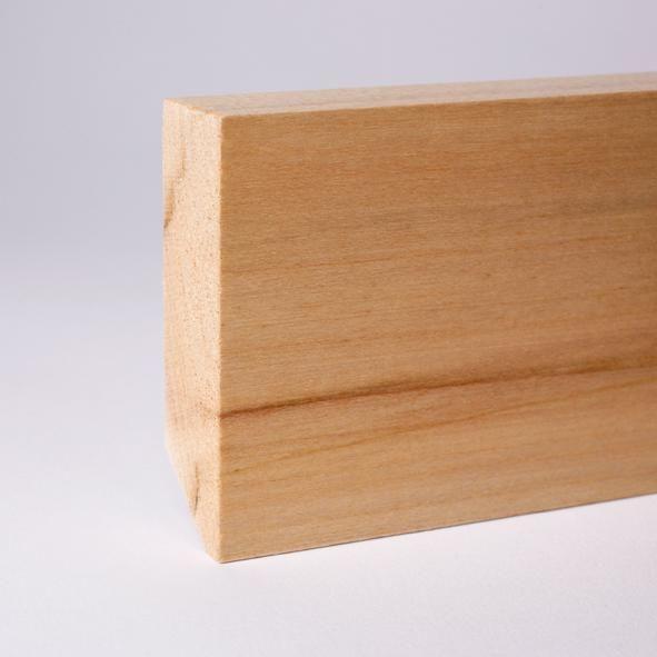 Vierkant Massivholz-Sockelleiste 60mm - Ahorn gelackt